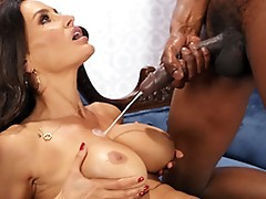 Lisa Ann enjoys a huge cumshots on her big boobs from Isiah Maxwell